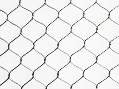 rope_diamond_knotted wire mesh
