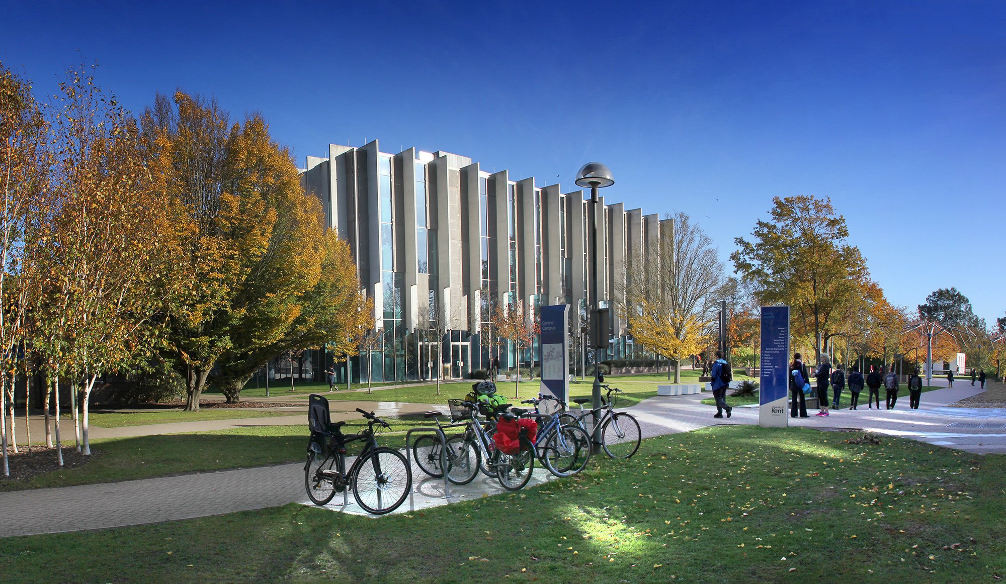 Templeman Library West eleveation with bikes